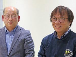 創業科学者の松岡周二取締役(右)と岡田嘉展社長
